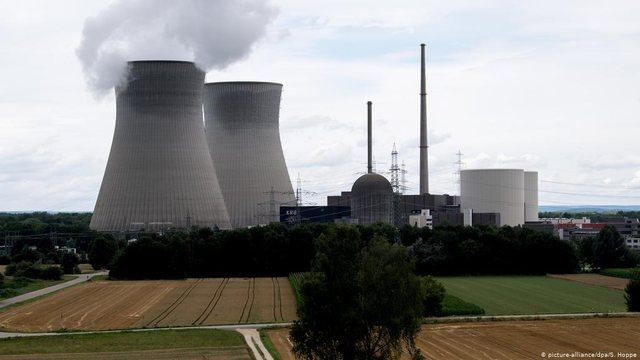 Gjermanisë po i luten: Mos i fik centralet bërthamore