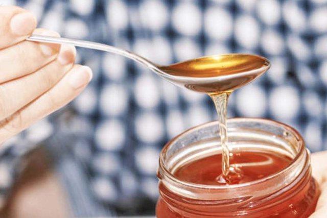 Kolla akute nga e ftohura, mjalti më mirë se antibiotikët