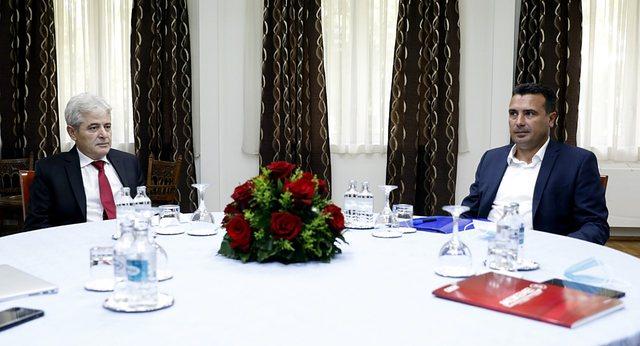 Arrihet pakti/ Takimi Ahmeti-Zaev: Ministritë që shqiptarët