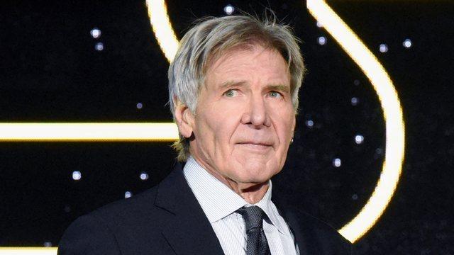 Indiana Jones plagoset në shesh-xhirim / Harrison Fordit s'i ndahen