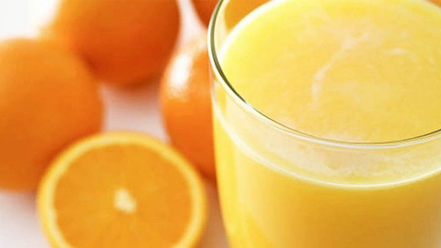 Lëng portokalli për të ulur kolesterolin e lartë, zbuloni