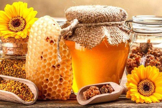 Poleni apo propolis/ Zbuloni cila është më e mirë nga mjalti