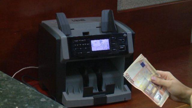 Emigrantët sollën 169 milionë euro në Shqipëri