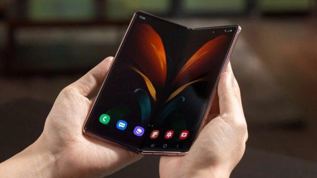 Pixel Fold, Google sfidon Samsung Galaxy Z Fold 3
