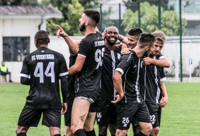 Situata kritike në Kosovë, dy futbollistë rezultojnë të