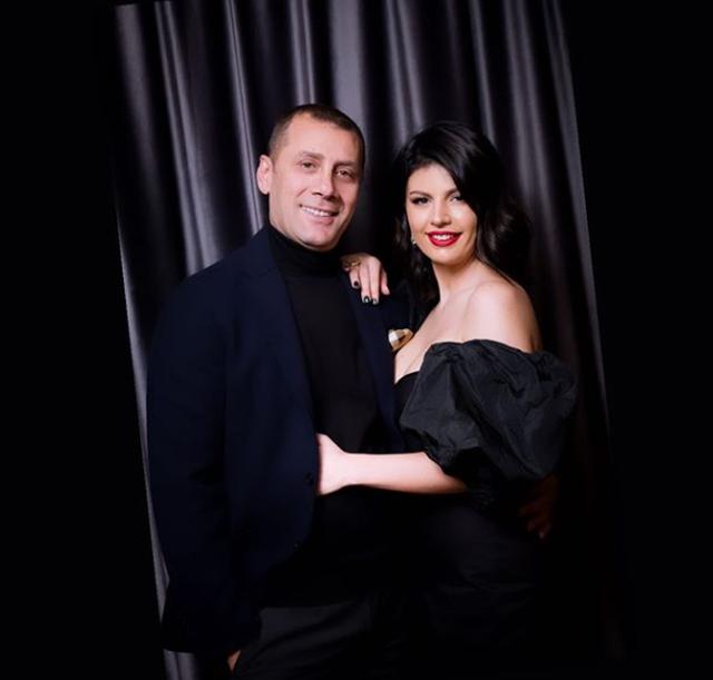 Pas ndarjes nga Rudina Dembacaj, Aleksandër Varfaj bën veprimin e
