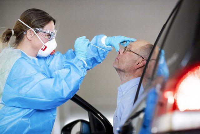 Shqetësim tek bluzat e bardha, 4 mjekë të infektuar me