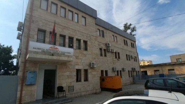 Drejtori i tetë/ Prezantohet kreu i ri i Kadastrës së Vlorës