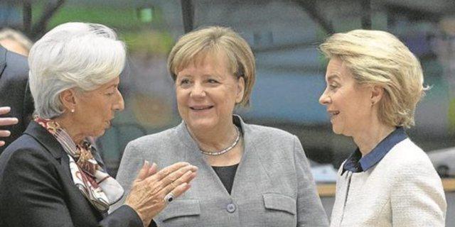 Angela, Kristin dhe Ursula; tre gratë e fuqishme dhe të mençura