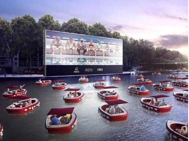 Surprizohen qytetarët, në Paris mund të shikojnë film