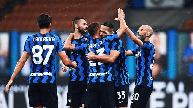Inter i bën nder Milanit, mposht Napolin dhe kap vendin e dytë
