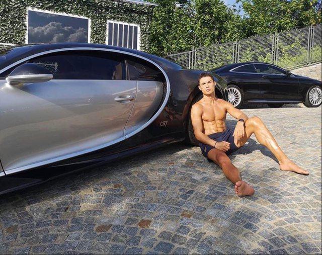Pas jahtit, Ronaldo i bën dhuratës vetes Bugattin e personalizuar plot