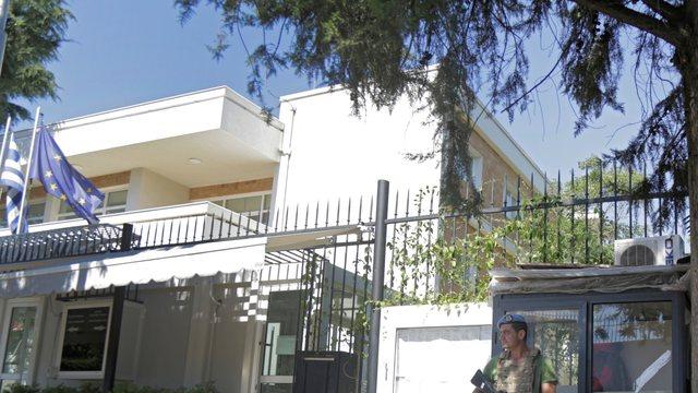 Mbyllja e kufijve/ Covid pezullon dhe fluturimet, ambasada greke jep njoftimin e
