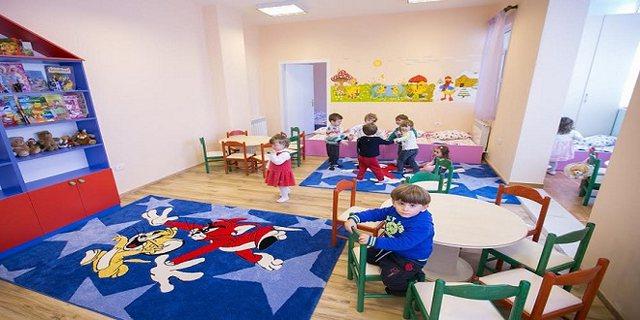 Stafi me koronavirus, mbyllet çerdhja në Tiranë