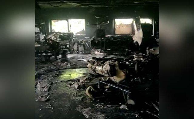 Spitali privat përfshihet nga zjarri, flakët vrasin 8 pacientë me