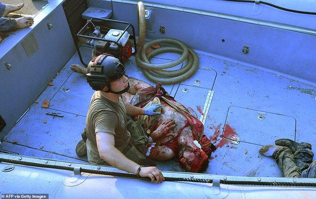 I mbuluar nga gjaku/ U hodh në det pas shpërthimit, gjendet i
