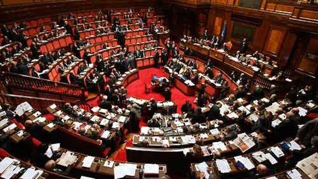 Plas skandali në Itali/ Pesë deputetë duan të