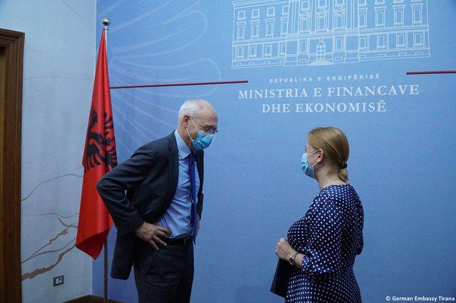 Kriza e Covid, Gjermania ndez shpresat për biznesin: Jep 10,5 milionë