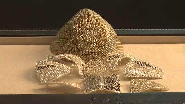 Çmenduria e të pasurve, krijohet maska 1.5 milion dollarë prej