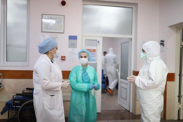 Gjendja kritike nga Covid në Shqipëri/ 19 pacientë në terapi