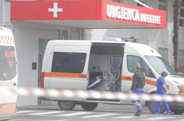 Alarmi i mjekëve: Kurba e rasteve me Covid rritet në mesin e