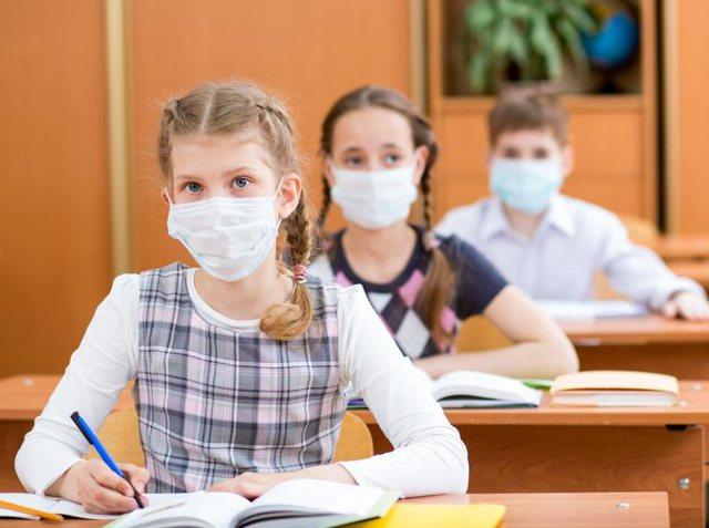 'Fëmijët më të sigurtë në shkollë se