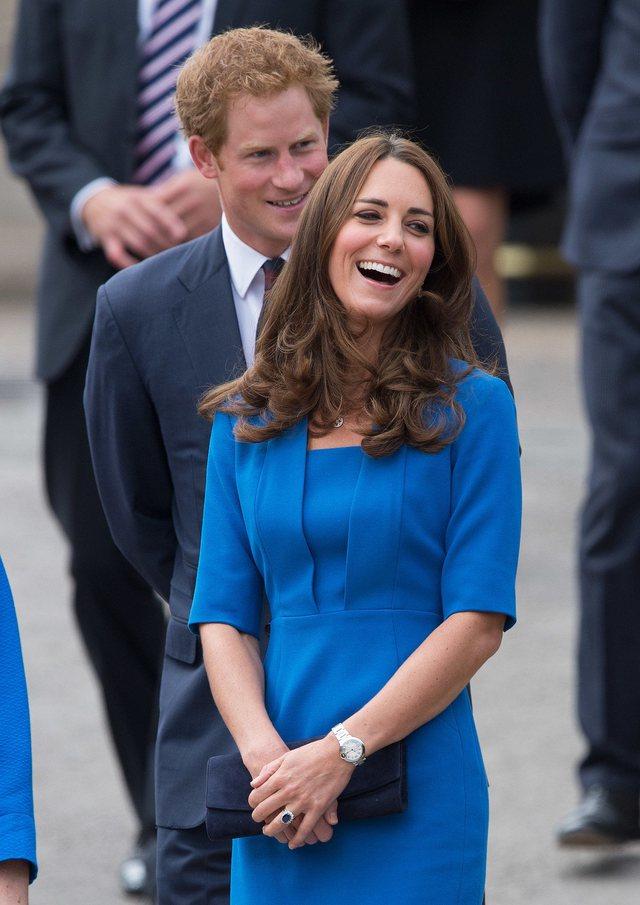 Me një foto pa Meghan, Kate dhe William urojnë