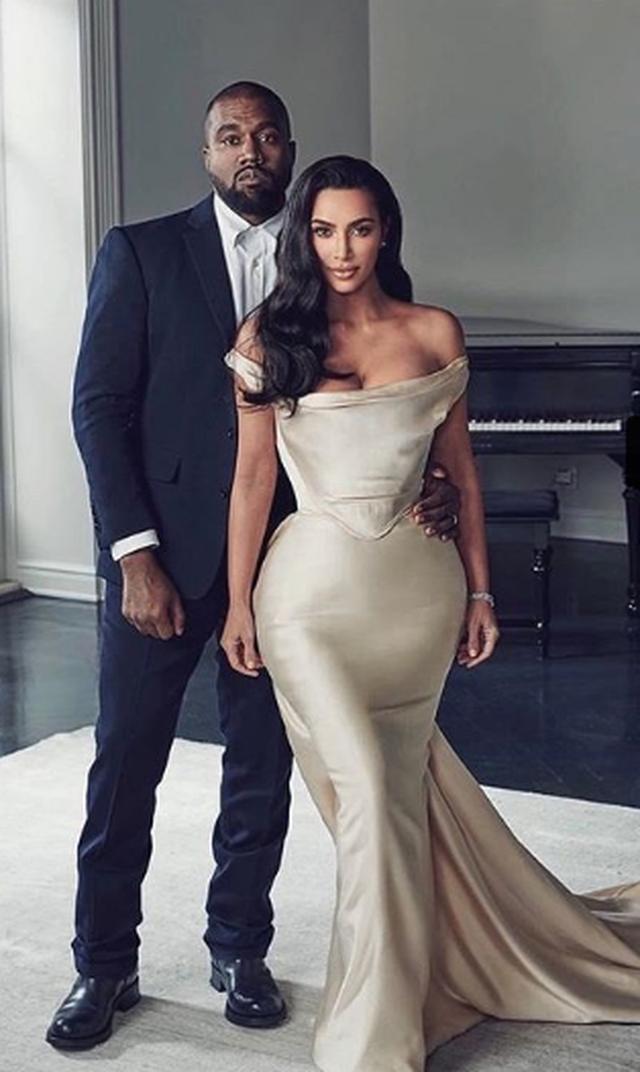 Çfarë ndodhi? Bashkëshorti i Kim Kardashian sapo e rrethoi