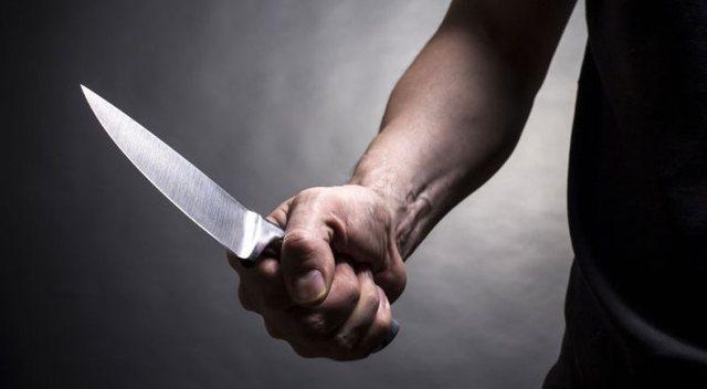 U konfliktuan për zhurmën, algjeriani i nxjerrë thikën
