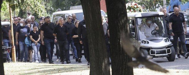 I jepet lamtumira 'të paprekshmit' të Serbisë, e