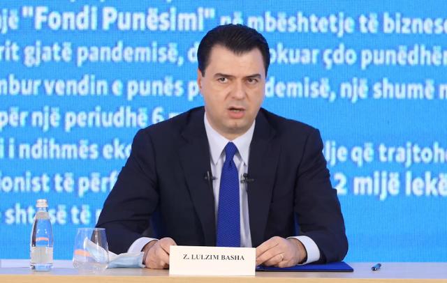 """""""Bonus 1 mijë euro për mjekët""""/ Basha prezanton"""