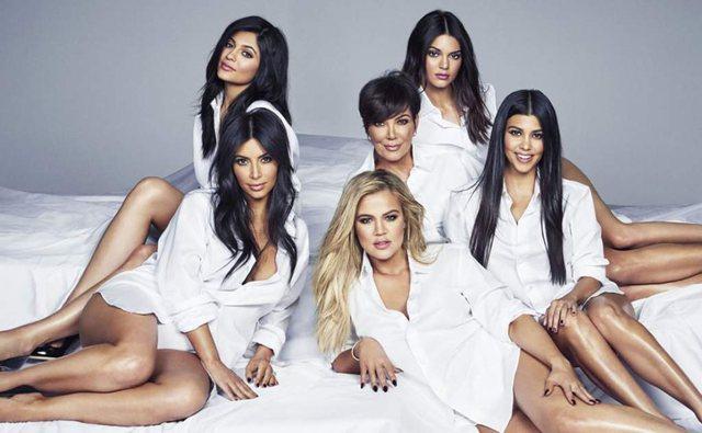 Ish-truproja akuzon nënën e Kim Kardashian për abuzim seksual