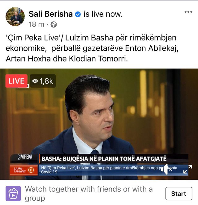 Sali Berisha i jep një dorë audiencës së televizionit