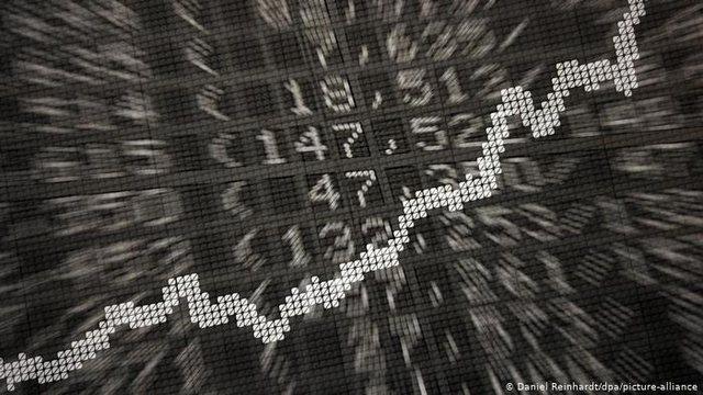 Kërcënimi i ri/ Bankat  përpiqen t'i mbijetojnë