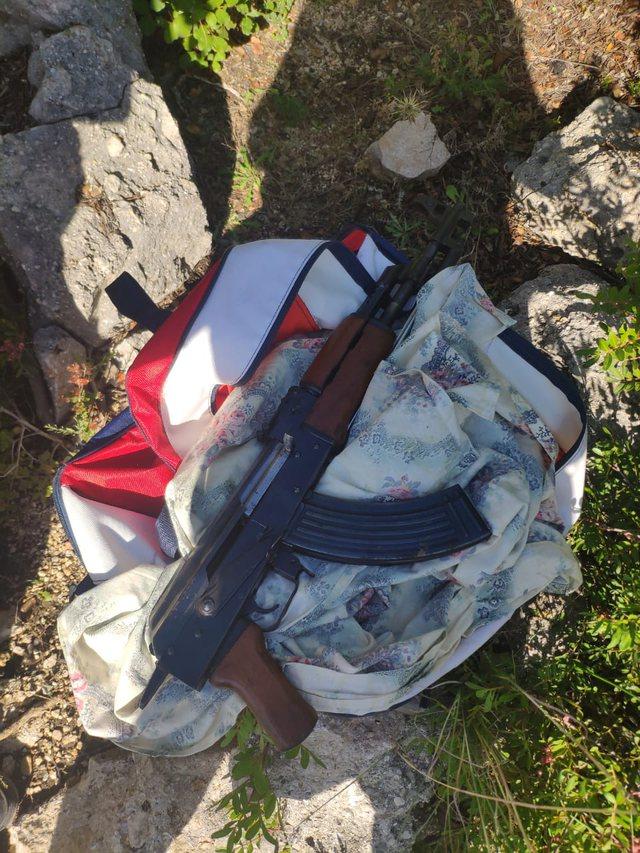 Foto/ Ekzekutoi biznesmenin në Himarë, veç kallashnikovit,