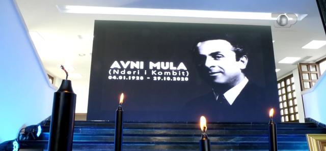 Homazhet për kolosin e muzikës Avni Mula, e bija Inva shfaqet e