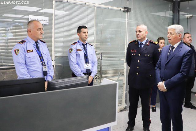 Udhëzimi kontrovers i Sandër Lleshit, si po bëhen shefa policie