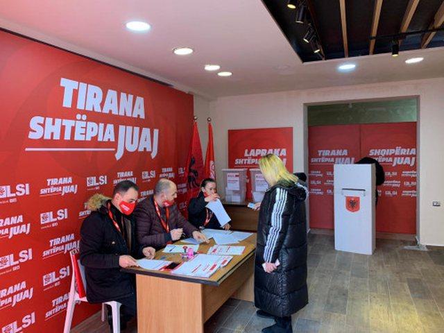 Anëtarët e LSI zgjedhin sot kreun e partisë dhe forumet