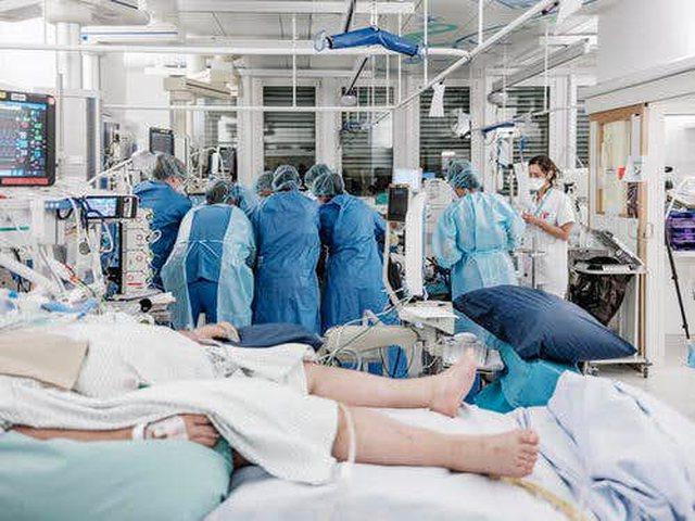 Debat në Zvicër, mjekët iu kërkojnë të moshuarve