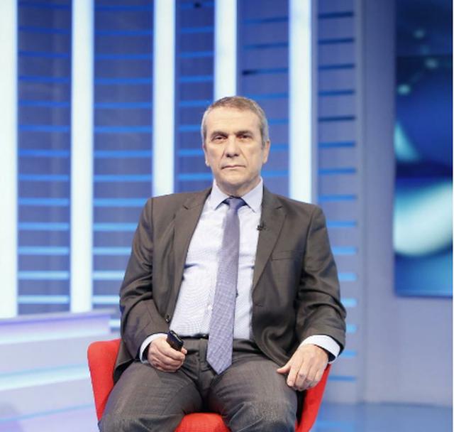 """""""Hipokrati"""", mjeku androlog Dani: 90 % e meshkujve shqiptarë"""
