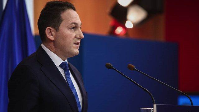 Zëdhënësi i qeverisë greke: Covid përhapet brenda