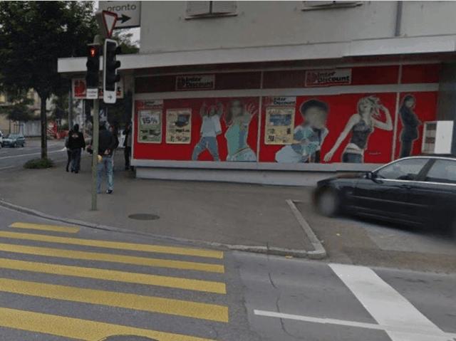 Shqiptari gjen çantën plot me franga në Zvicër, bën