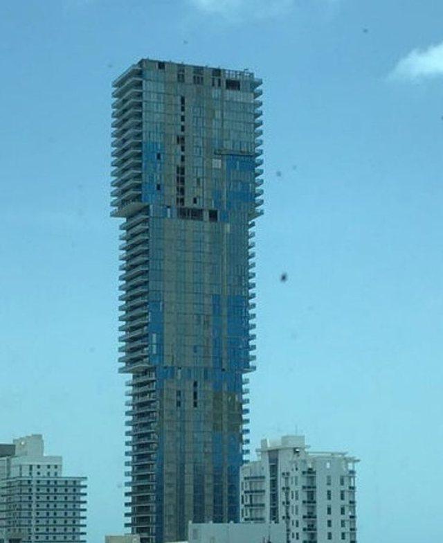 """FOTO/ Rastet kur arkitektët 'çmendën"""" botën me"""