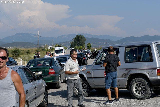 Lajmi i mirë/ Greqia shtyn lejet e qëndrimit, Ministria e Jashtme