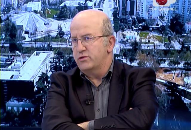 """""""Burgu i marsit shkatërroi jetën ekonomike"""", regjisori i"""
