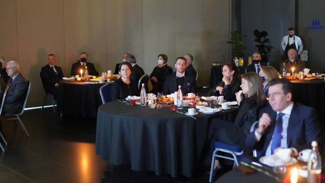 Miqtë kujtojnë Marko Bellon, ceremonia homazh bashkon të
