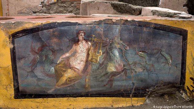 """Foto/ Arkeologët zbulojnë një """"bar-rostiçeri"""""""