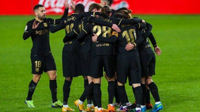 Barcelona fiton thellë në Granada, shkëlqejnë dyshja