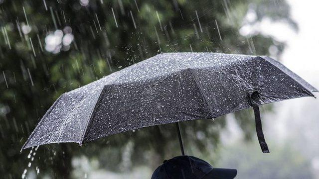 Parashikimi i motit/ Vijojnë reshjet gjatë paradites, por