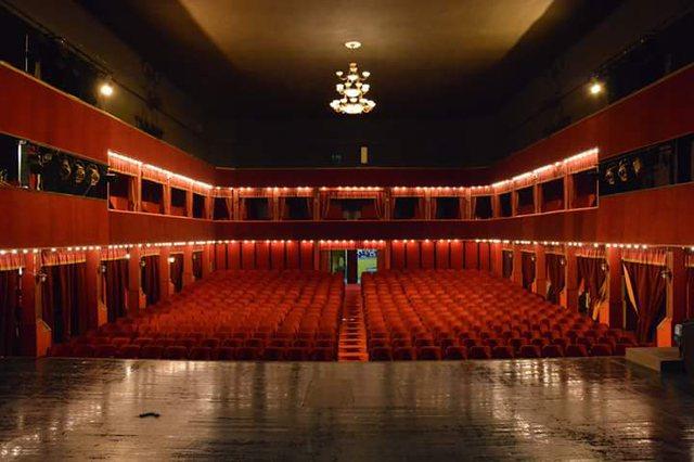 Teatri Kombëtar dhe Migjeni kundër Çmimeve Kult: U
